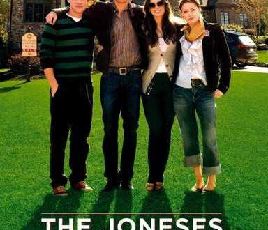 """articolo del film """"The Joneses"""" Lorenzo Rota e Andrea Di Domenico"""